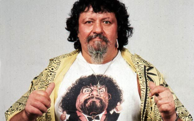 lou-albano-catch-super-mario.jpg
