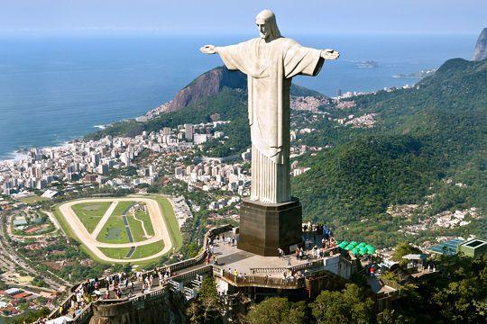 1044243-le-christ-redempteur-a-rio-de-janeiro.jpg