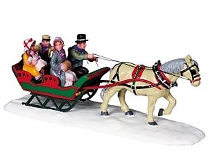 83701-Family-Sleigh-Ride.jpg