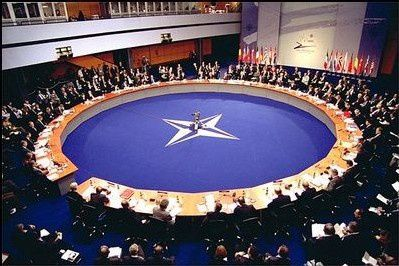 12-OTAN-table-ronde.jpg