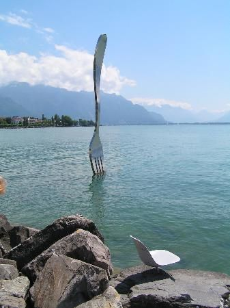 the-fork-in-lac-leman.jpg