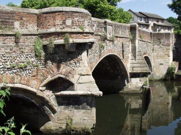 norwich139-bishops-bridge.jpg