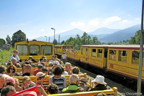 Le-Petit-Train-Jaune-2.jpg