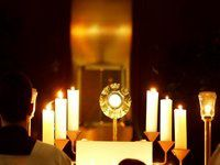 Eucharistic_Adoration.jpg