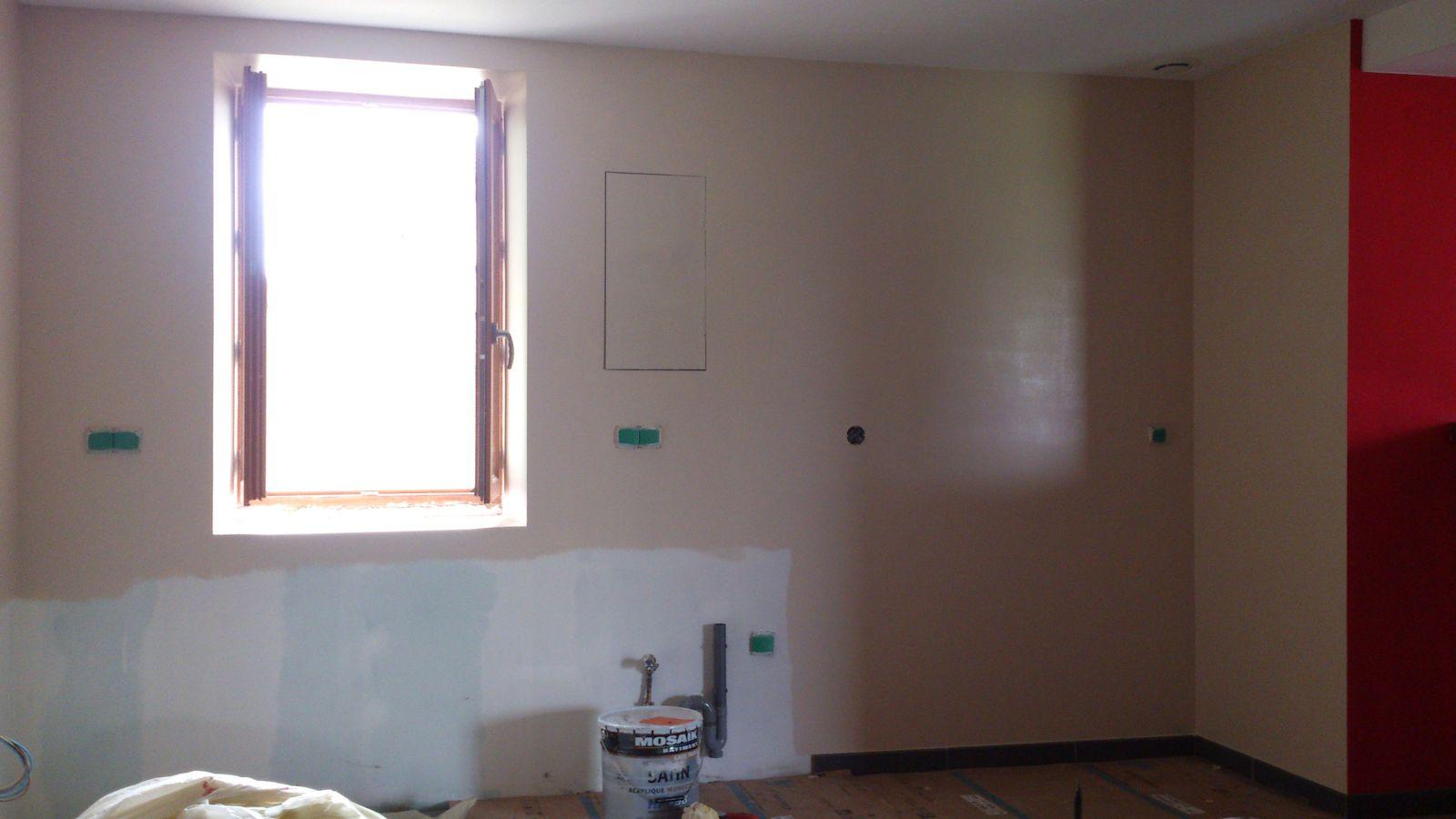 peinture cuisine et bar renovation d 39 une fermette en bourgogne. Black Bedroom Furniture Sets. Home Design Ideas