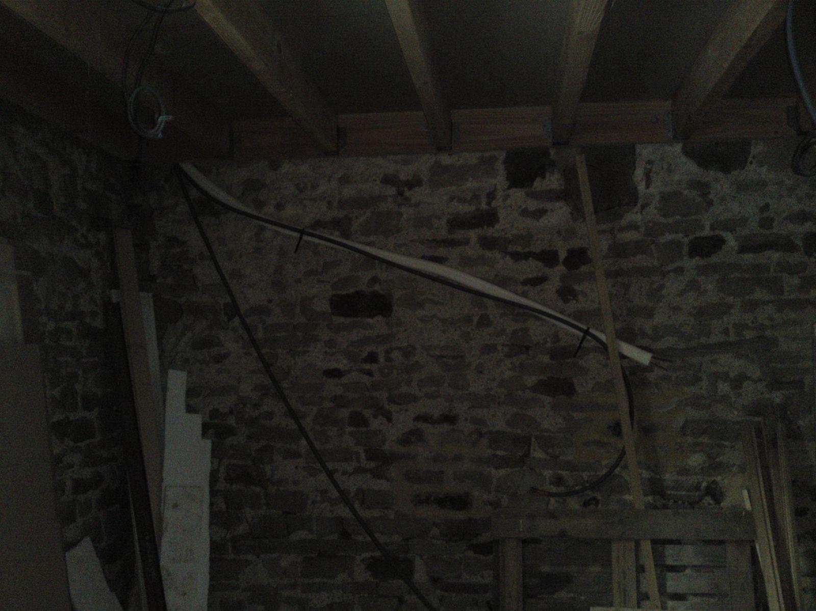 cablage aspiration centralis et chauffage climatisation renovation d 39 une fermette en bourgogne. Black Bedroom Furniture Sets. Home Design Ideas