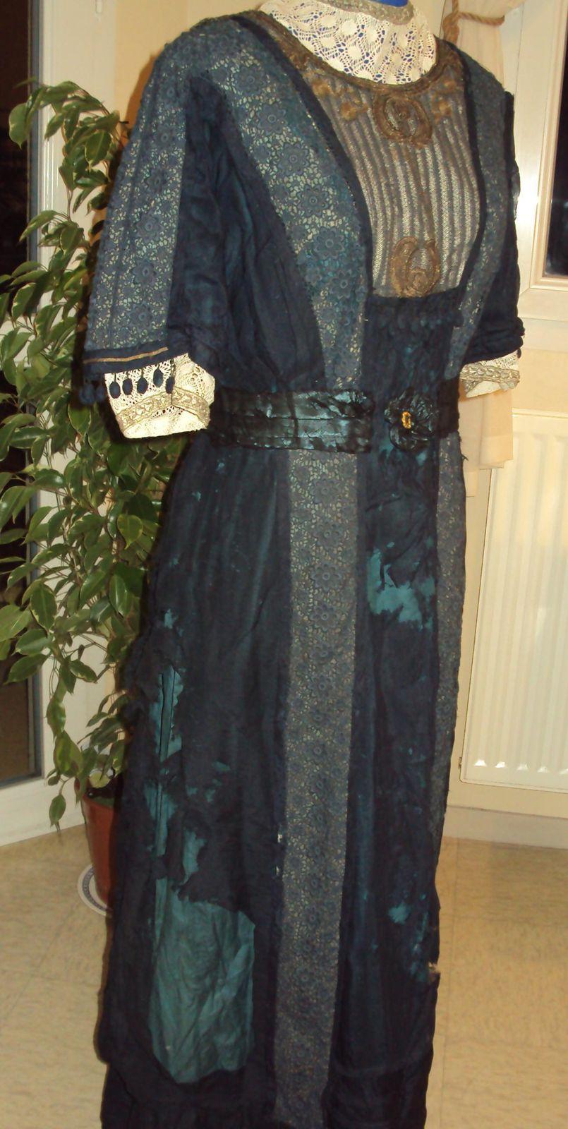 Restauration d'une robe ancienne
