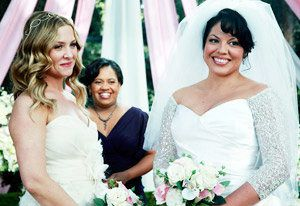 first picture of grey s anatomy lesbian wedding