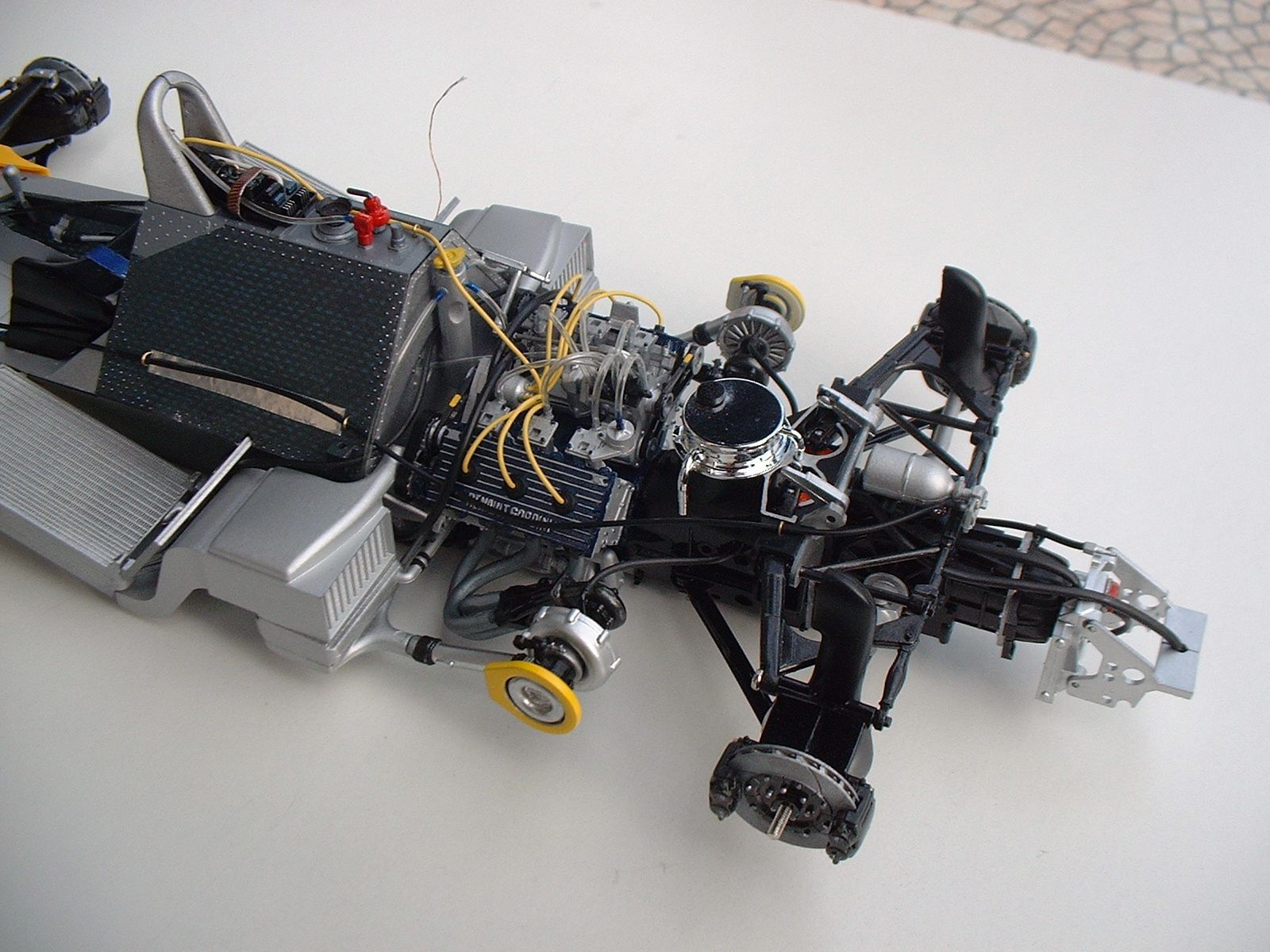 renault f1 re20 tamiya 1 12 le blog de pierre. Black Bedroom Furniture Sets. Home Design Ideas