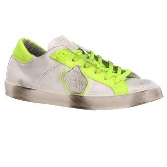 sneakers-emma-beverly-hills.jpg