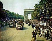 vehicules-militaires-champ-elysees.jpg