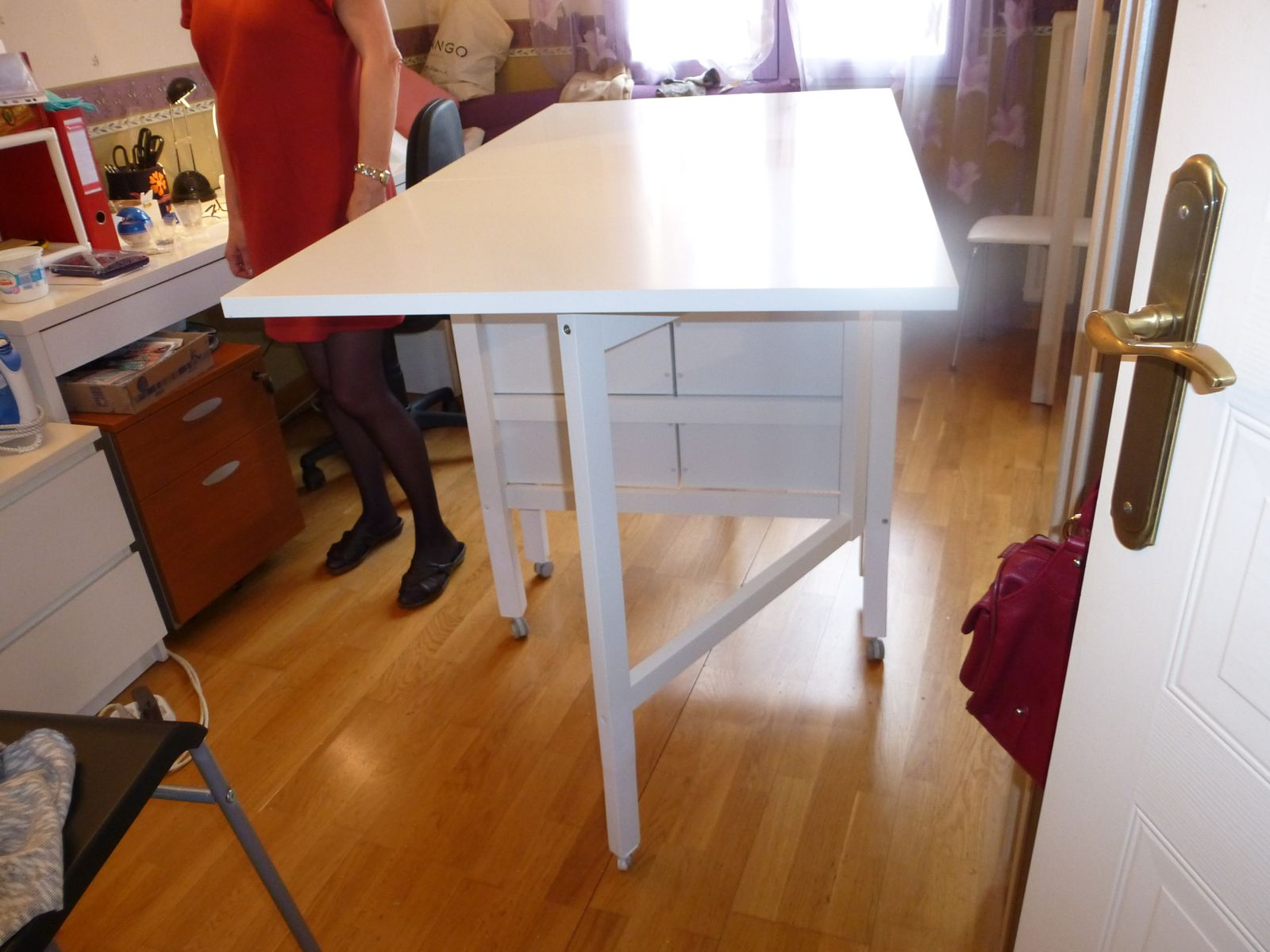 Table de coupe ikea pliante norden ma maman la f e - Comment faire une table pliante ...