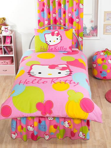 hello_kitty_spot_duvet.jpg
