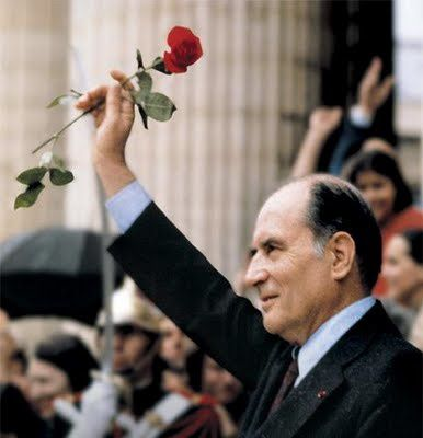 Mitterrand-rose-rouge.jpg