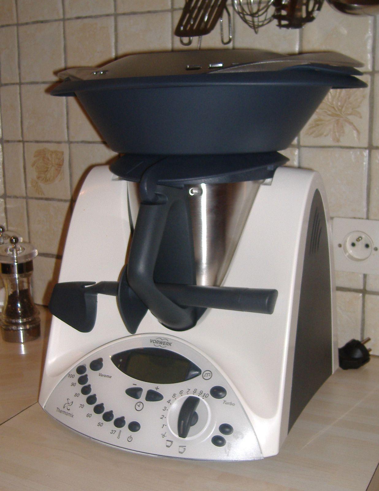 arrivee du thermomix dans nos cuisines le blog de tatan moi et le thermomix. Black Bedroom Furniture Sets. Home Design Ideas