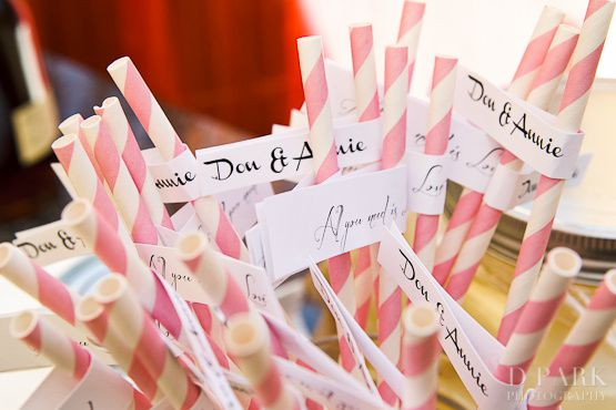 003-pink-white-vintage-straws-wedding-dessert-candy-bar.jpg
