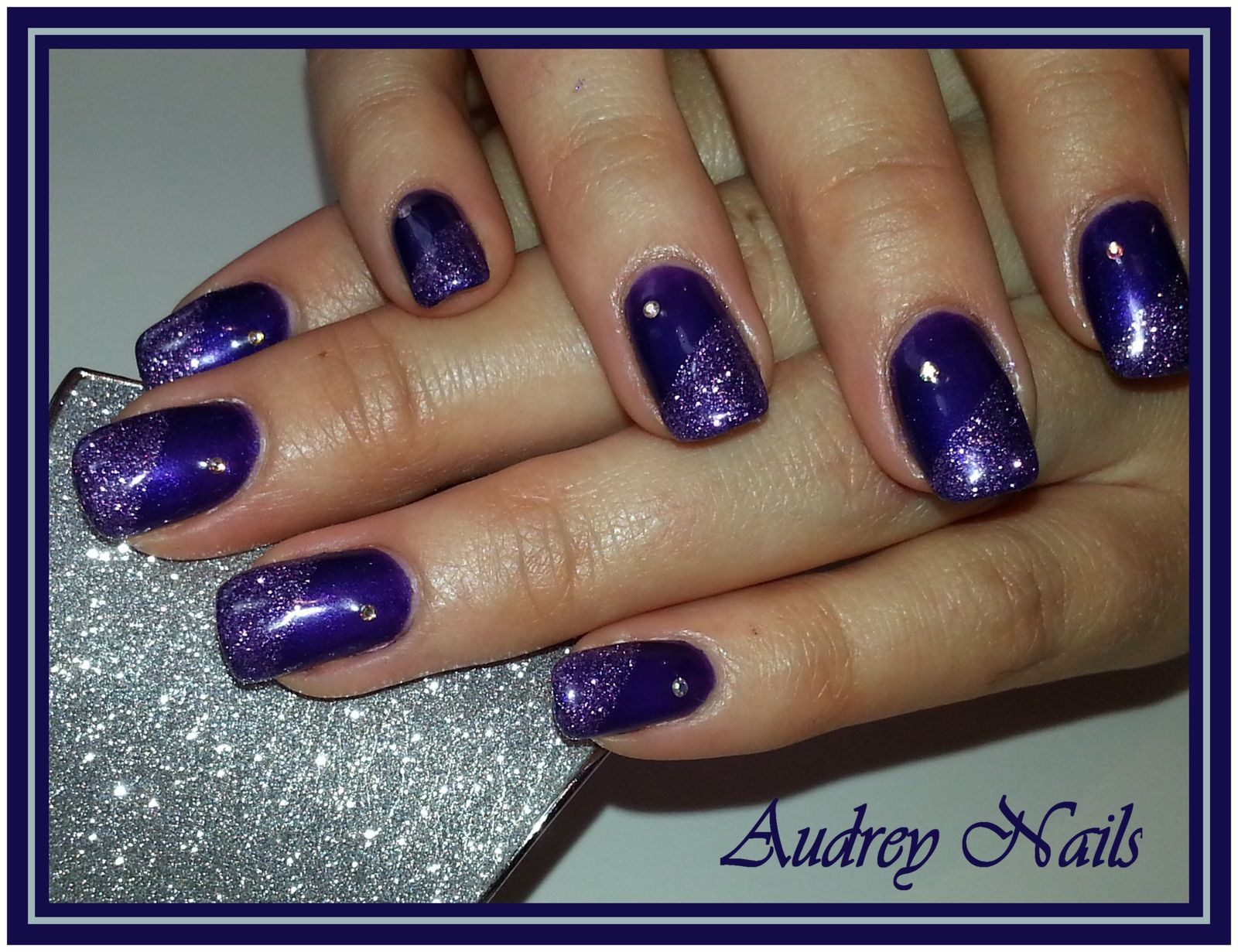 Gel de couleur prune violet paillet strass institut - Violet prune couleur ...