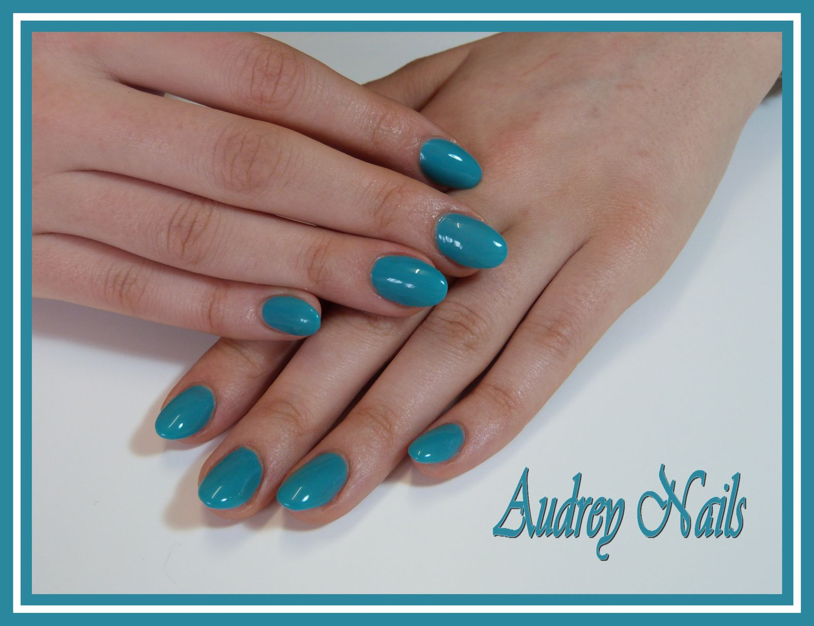 gel de couleur bleu turquoise institut de beaut audrey nails 91. Black Bedroom Furniture Sets. Home Design Ideas
