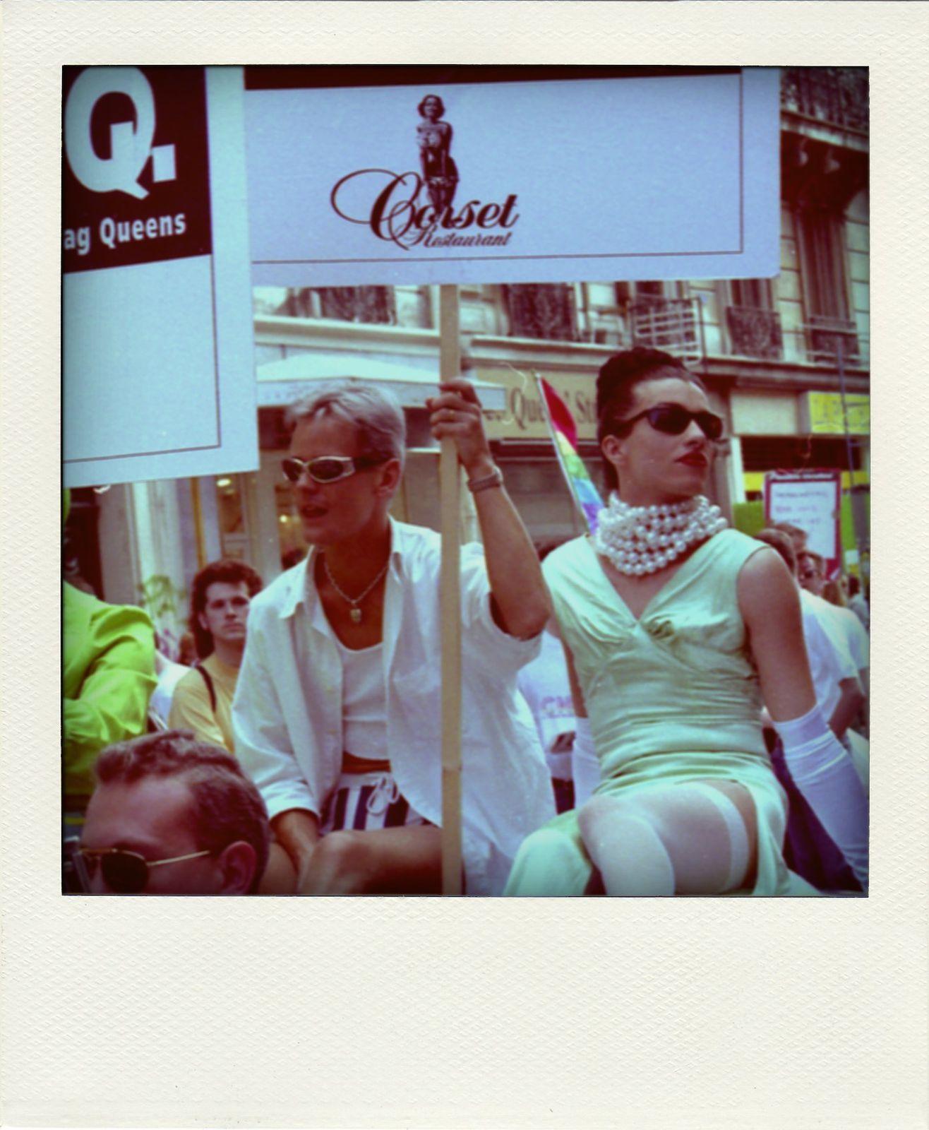 19950624-PARIS-Manif-de-la-Gay-Pride002-pola.jpg