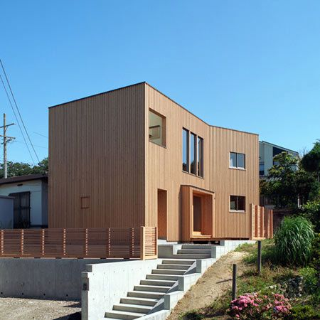 1292014208-00-japanese-timber-house