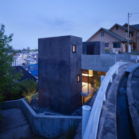 dzn House-in-Fukuyama-by-Suppose-Design-Office-2