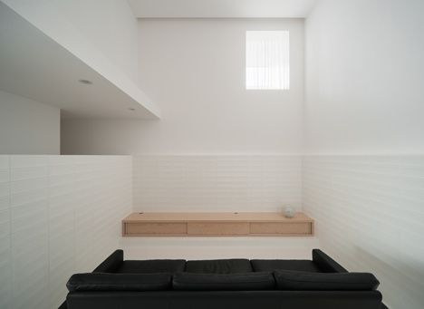 dzn House-of-Reticence-by-FORMKouichi-Kimura-Architects-12