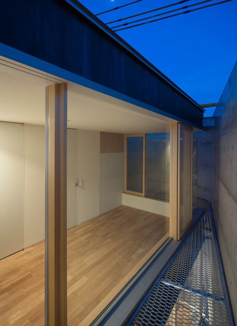 dzn House-in-Minamimachi3-by-Suppose-Design-Office-18
