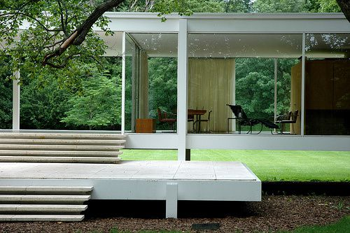 166167468-mies-farnsworth-house