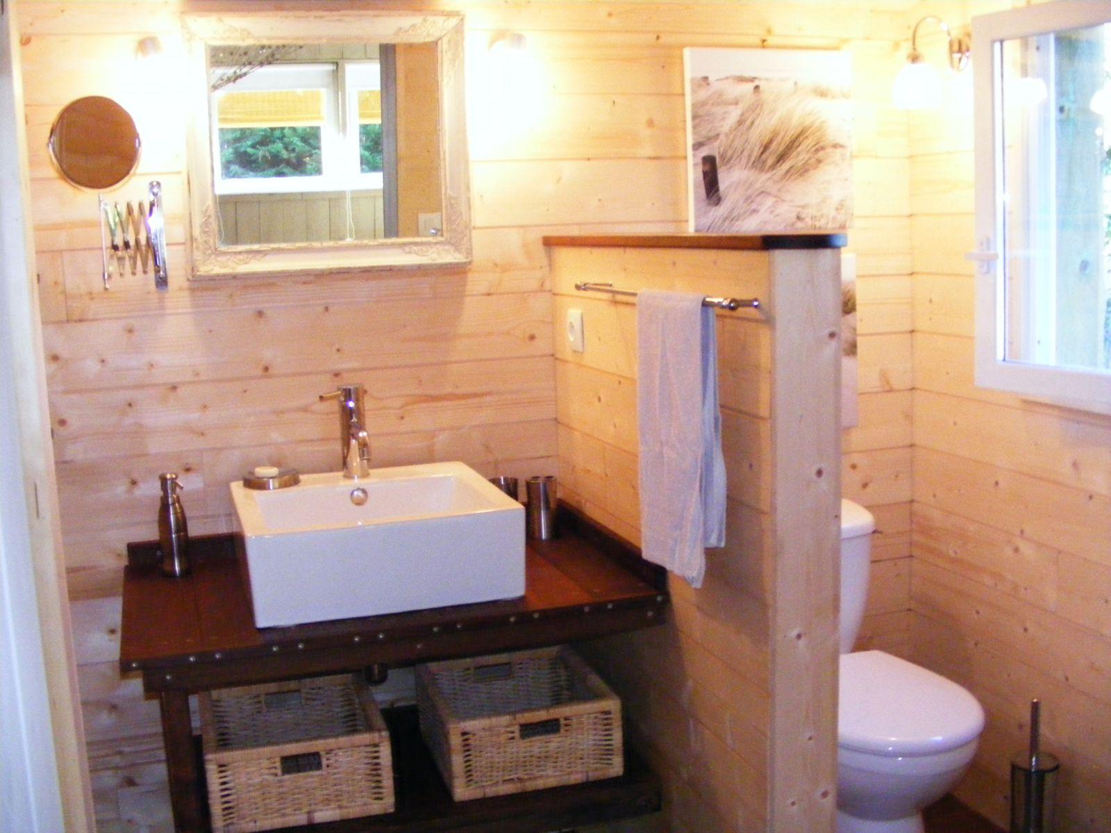 salle de douche.jpg - Le blog de LE PETIT CABANON