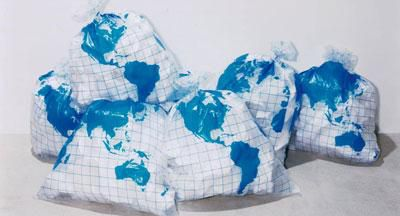 090812-earth-garbage-bag-colette-ecolo-_aspx26808art_img263.jpg
