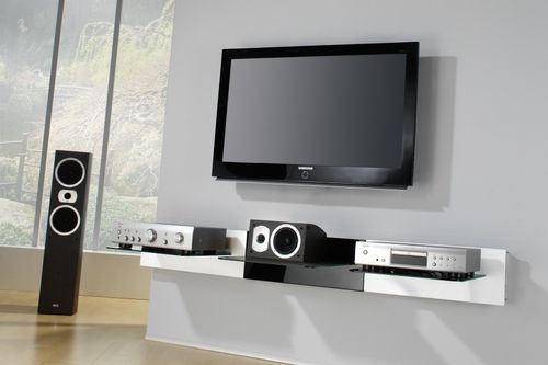 accrocher son cran au mur c 39 est bien mais que faire de son lecteur dvd de son ampli audio. Black Bedroom Furniture Sets. Home Design Ideas