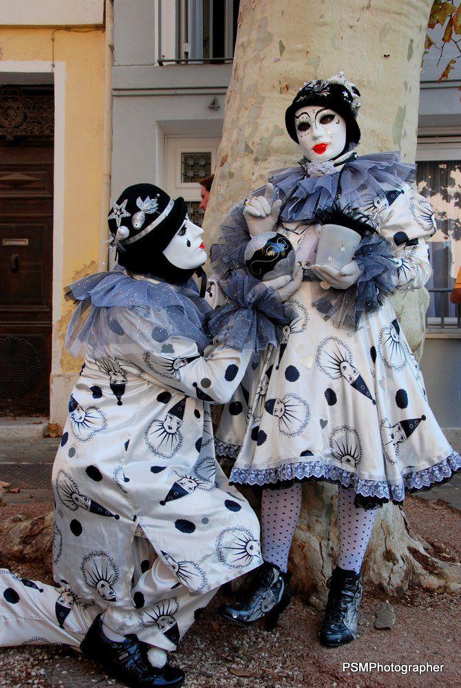 Les masqués vénitiens de France à Martigues, septembre 2012.  Photos de paul et Martine