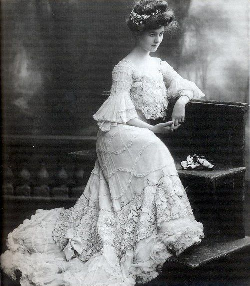 Fashion-of-The-1900s--7-.jpg