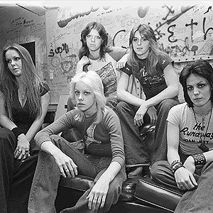 The-Runaways-WhiskeyRunaways70sth.jpg