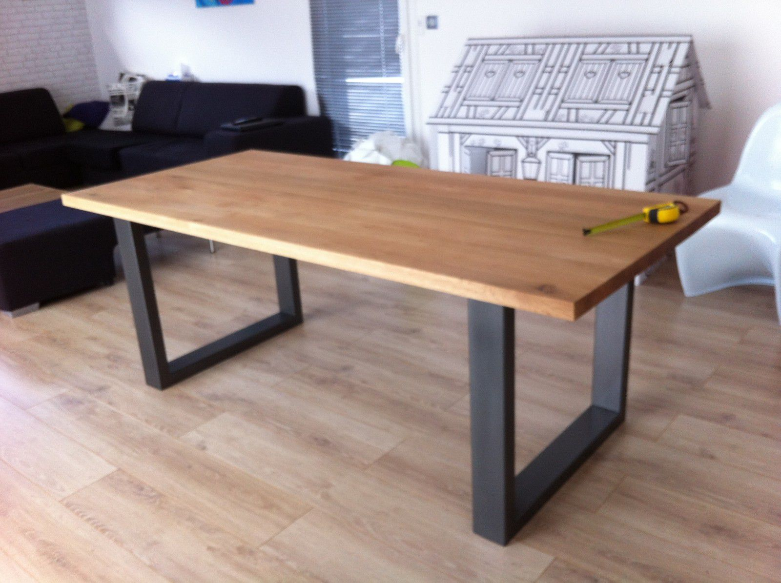 Tres grande table salle a manger maison design for Table salle a manger 3 suisses