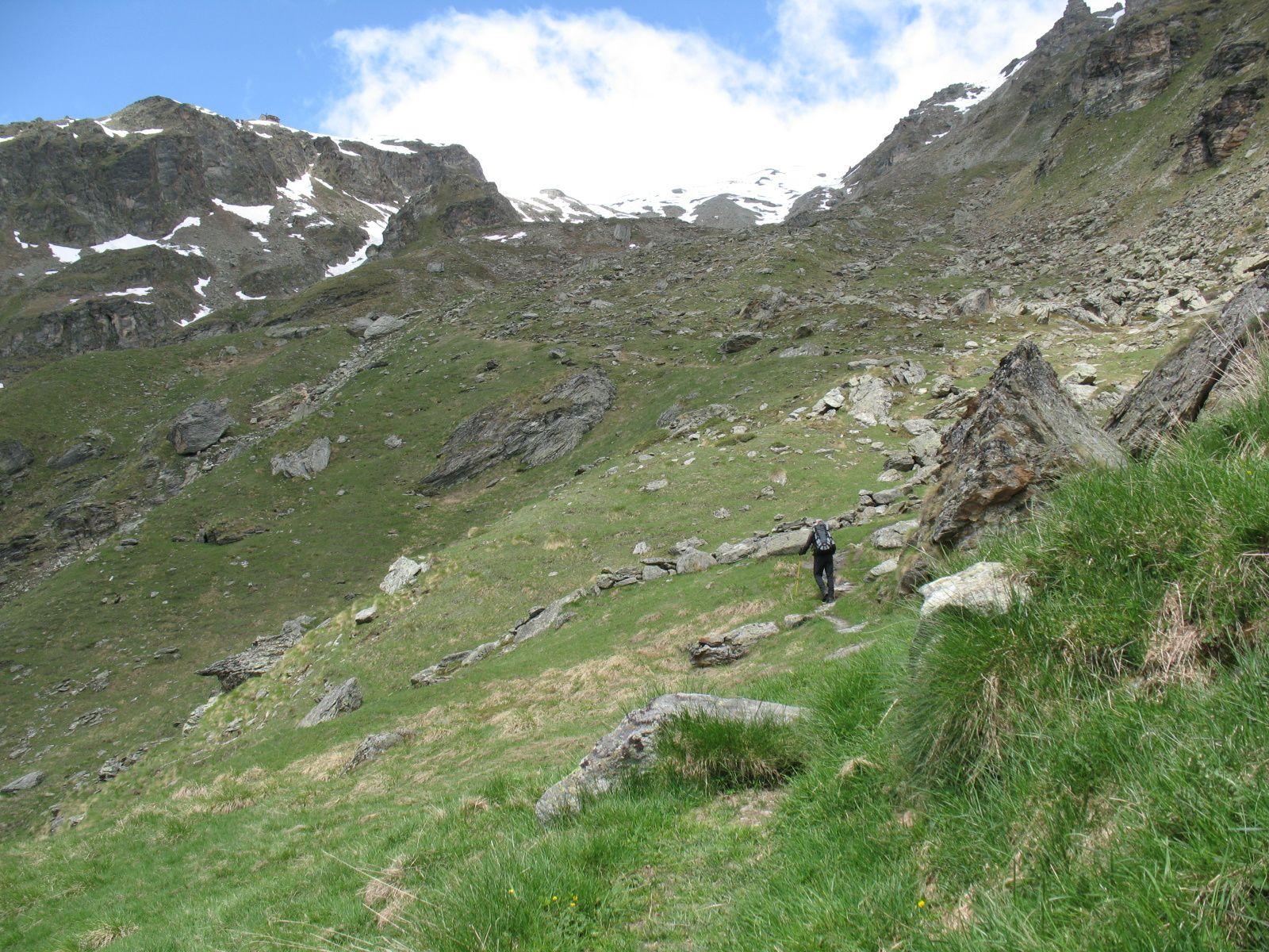 Cabane des aiguilles rouges 2810m val d 39 arolla suisse les montagnards bretons - Cabane jardin valais besancon ...