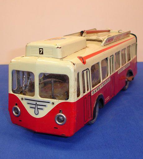 Bus Joustra (2)