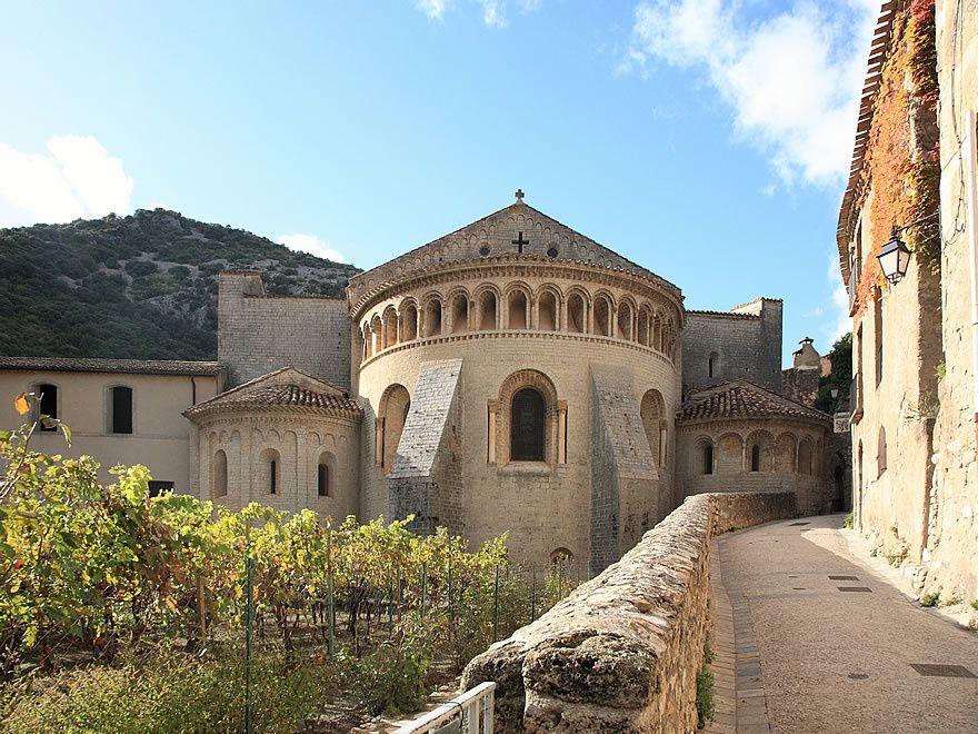 Abbaye de Saint-Guilhem le Desert - 002