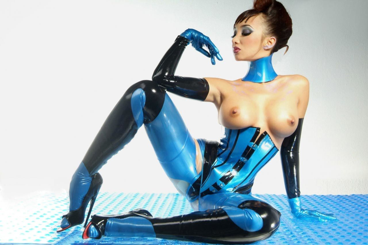 fetish latex woman mike didn't