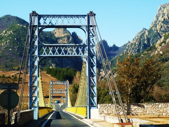 Pont-sur-l-Orb.jpg