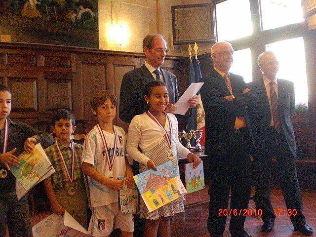 A l'occasion de la Fête des Mères et des Pères, le concours de dessins organisé avec les écoles de Tarascon était sur le Thème de la Protection de l'Environnement