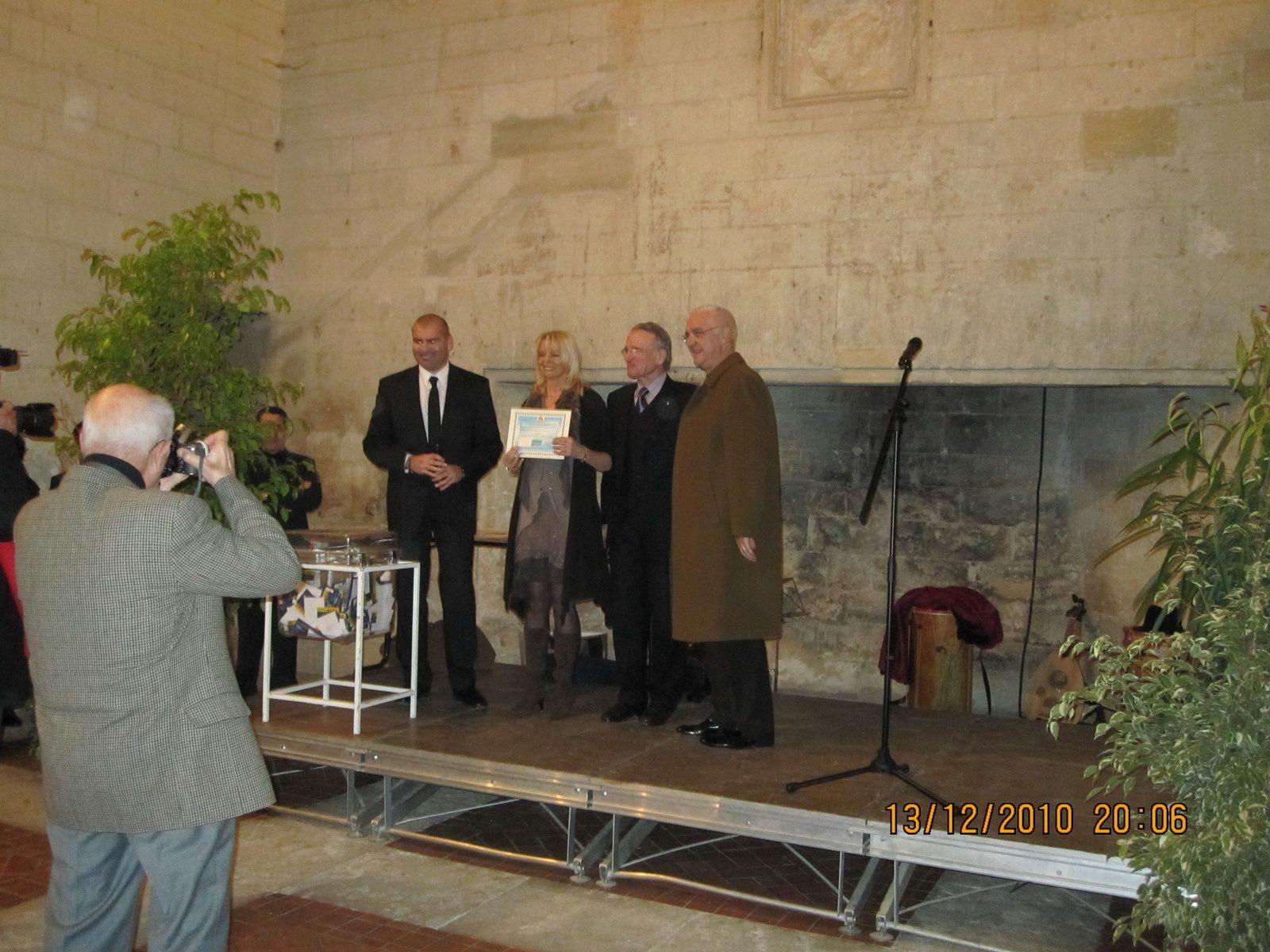 Une première soirée de Gala au Chateau Royal de Provence...Ambiance Médiévales et Remise des Séjours à Gagner de la Tombola