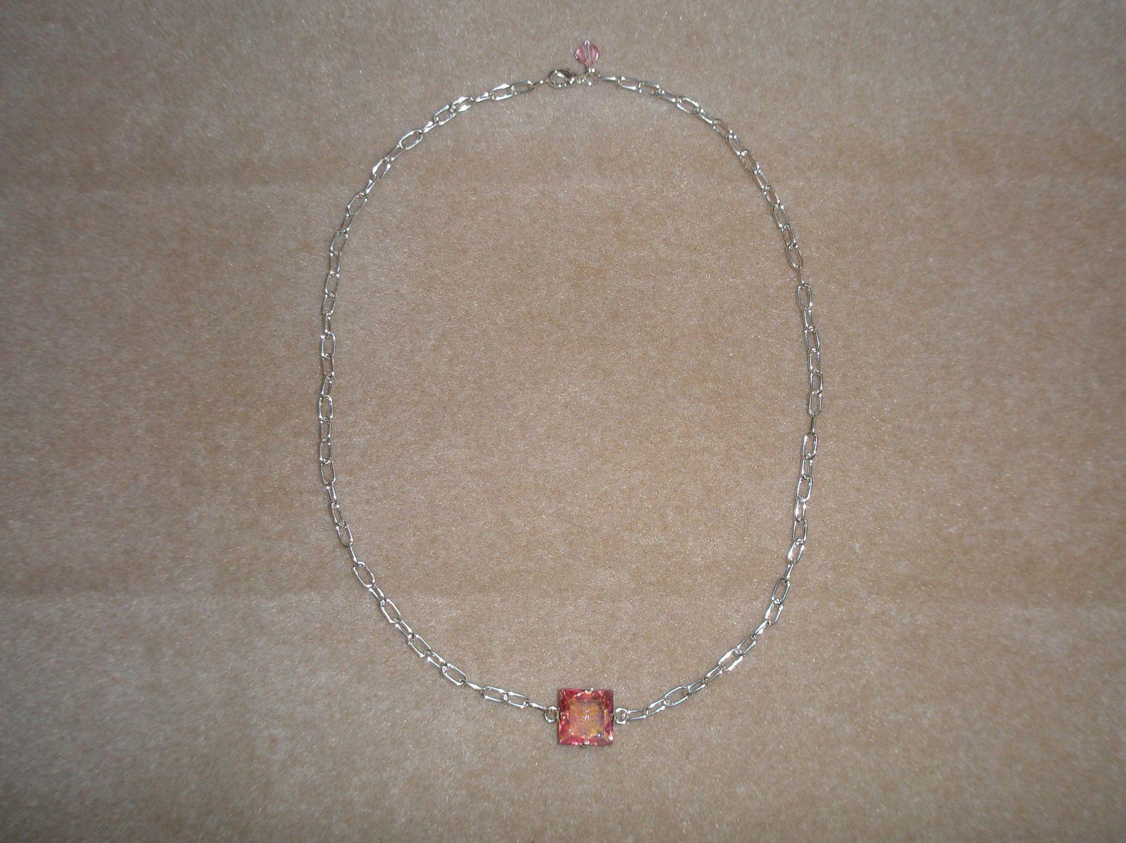"""Photos des créations """"trésors de pie"""":bijoux argent véritable, bijoux fantaisie,et collections diverses (voir page """"trésors de pie"""")."""