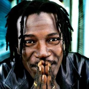 alpha_blondy-cb53a.jpg
