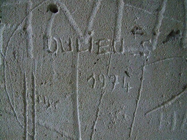 Julieu S. 02 - château de Septmonts
