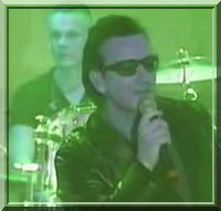 U2-Live-from-Elevation-Tour-2000.jpg