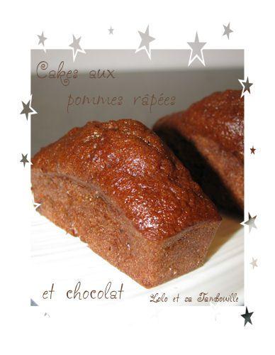 Petits-cakes-aux-pommes-rapees-er-chocolat--3-.JPG