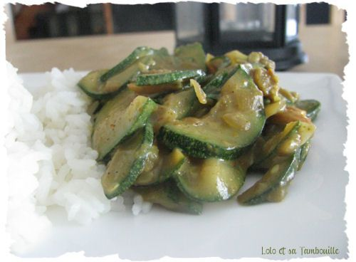 Poelee-onctueuse-de-courgettes-au-curry--3-.JPG
