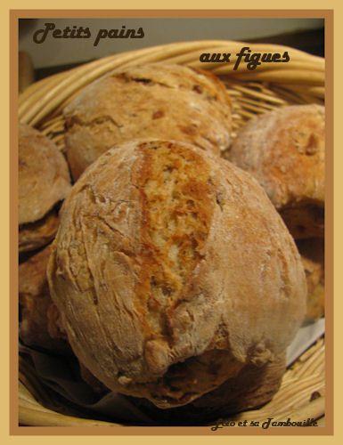 Petits-pains-aux-figues--4-.JPG