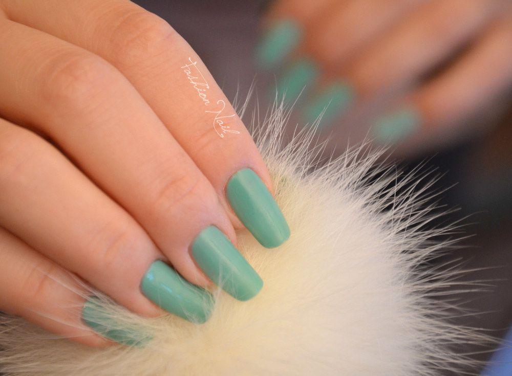 Essie-TurquoiseEtCaicos-4.jpg